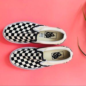 Vans Classic Slip On Platform Sneakers 5.5✨